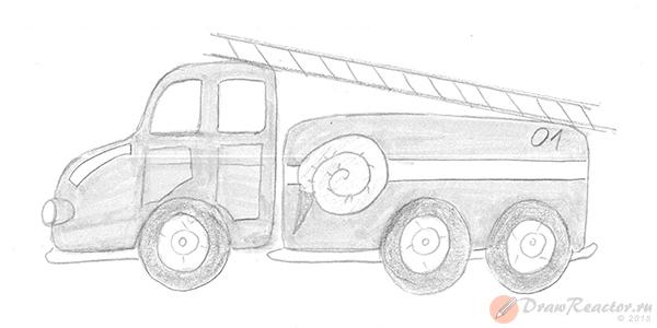 Как нарисовать пожарную машину. Шаг 5.
