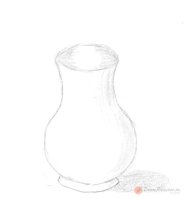 Как нарисовать вазу. Шаг 4.