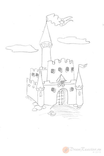 Как нарисовать замок. Шаг 5.