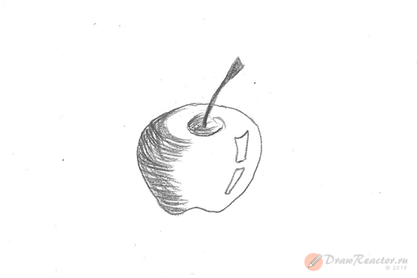 Рисунок яблока. Шаг 4.