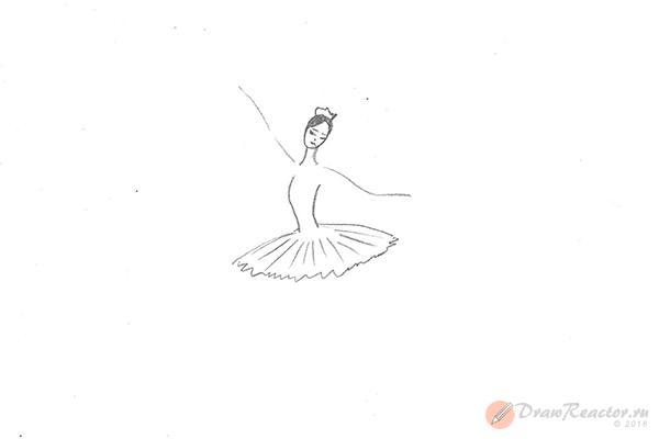 Как рисовать балерину. Шаг 3.
