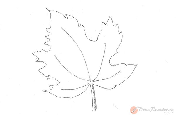 Как нарисовать кленовый лист. Шаг 4.