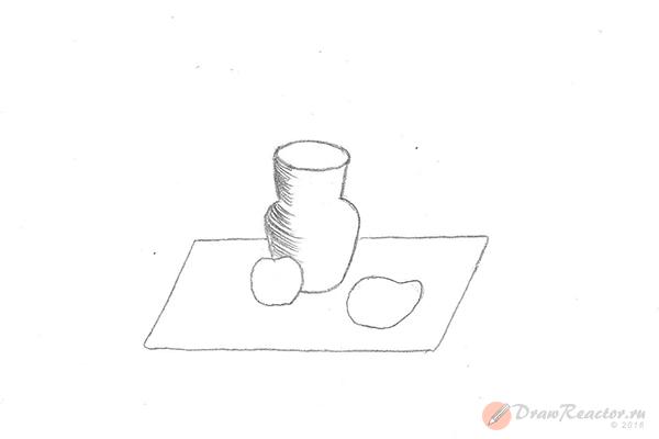 Как рисовать натюрморты карандашом. Шаг 3.